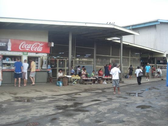 シンガトカマーケット周辺