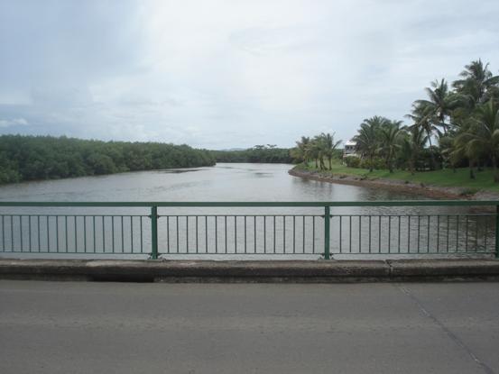 デナラウ橋