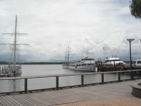 デナラウマリーナ